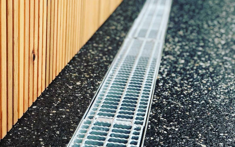 EGAL Trench Grating