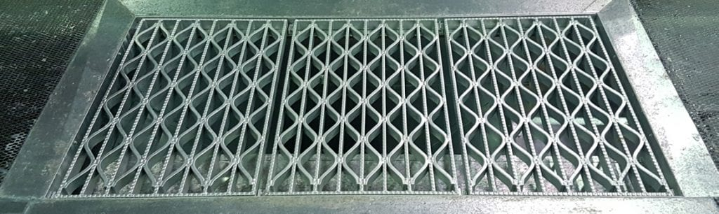 One of the fitted weaved grates.